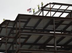 Topping-off ceremony celebrates hospital progress