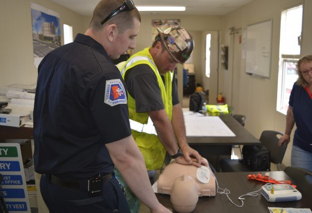 Contractors Freshen Up on Heart-Saver Training